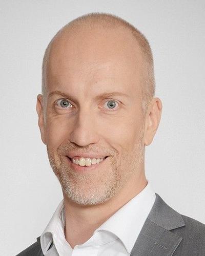 Pekko Vehviläinen - keynotepuhuja, puhuja, juontaja, moderaattori tapahtumaan.