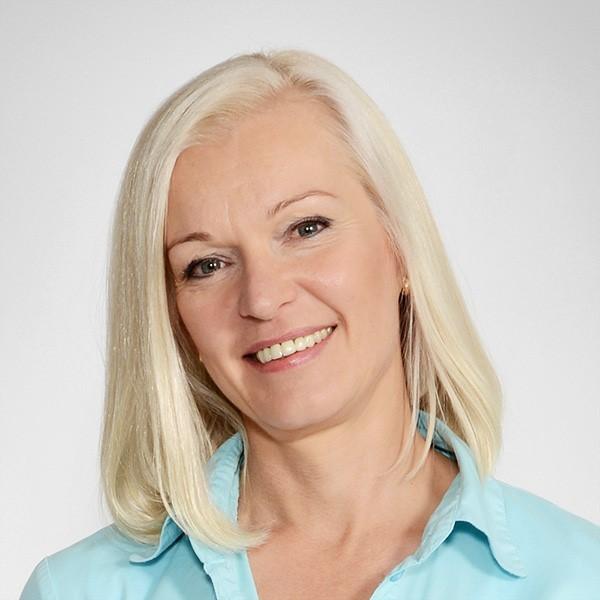 Minna Tervo - keynotepuhuja, puhuja, juontaja, moderaattori tapahtumaan.